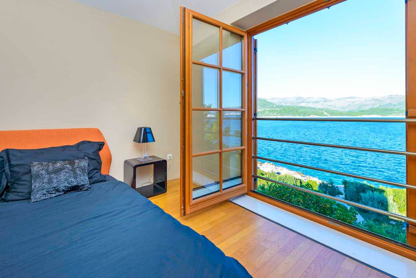 Double bedroom sea view
