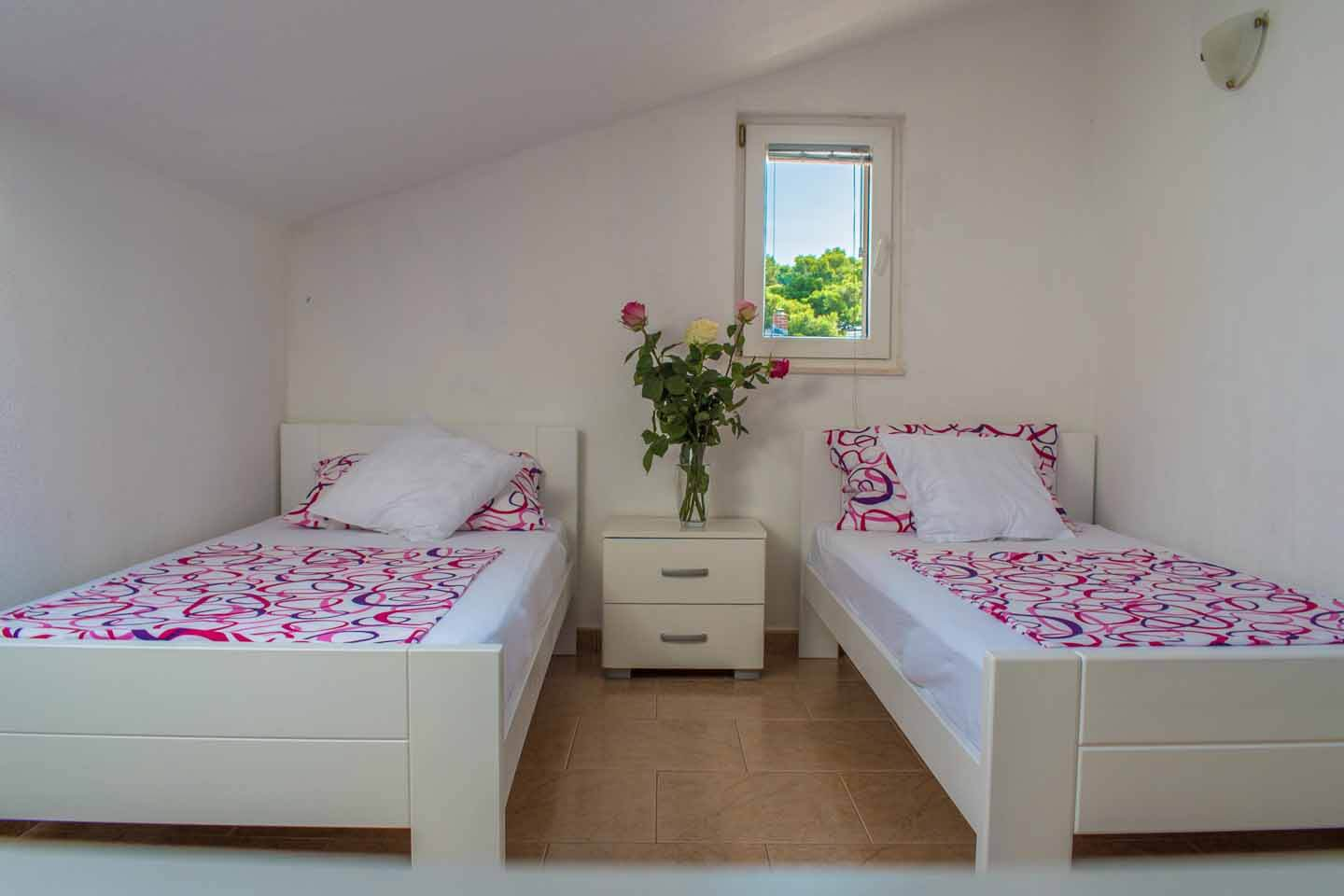 Bedroom 1 with twin beds