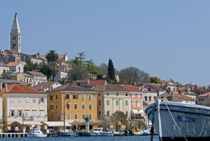 The large sheltered harbour at Mali Losinj