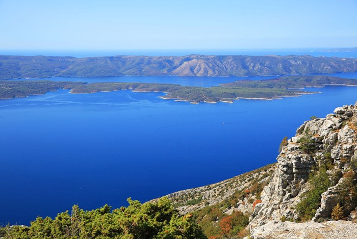 View form the highest mountain on Brac island